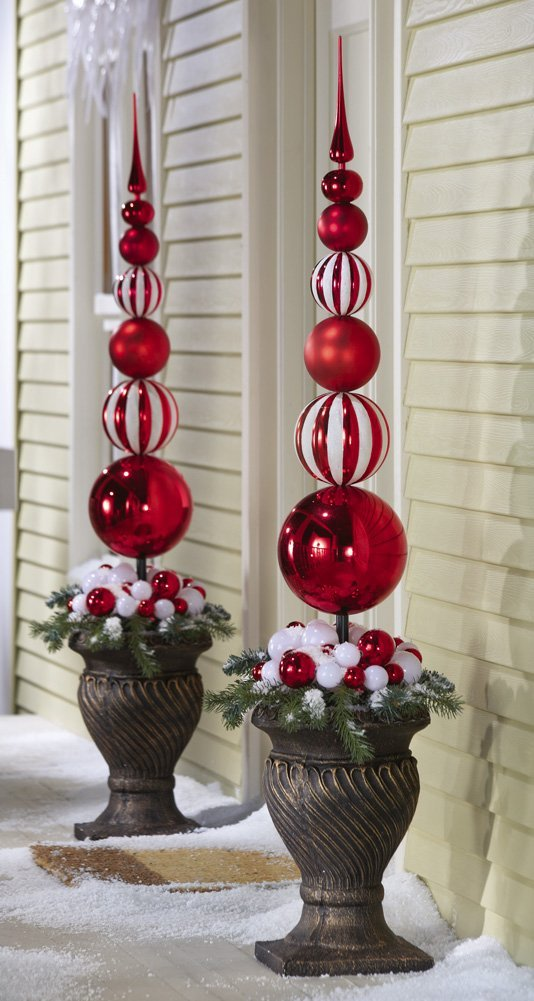 Red and White Outdoor Christmas Topiaries