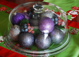 Shimmering treats centerpiece for Christmas