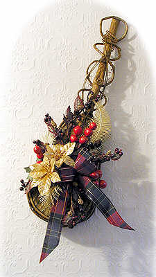 DIY Wooden Violin Christmas Decoration