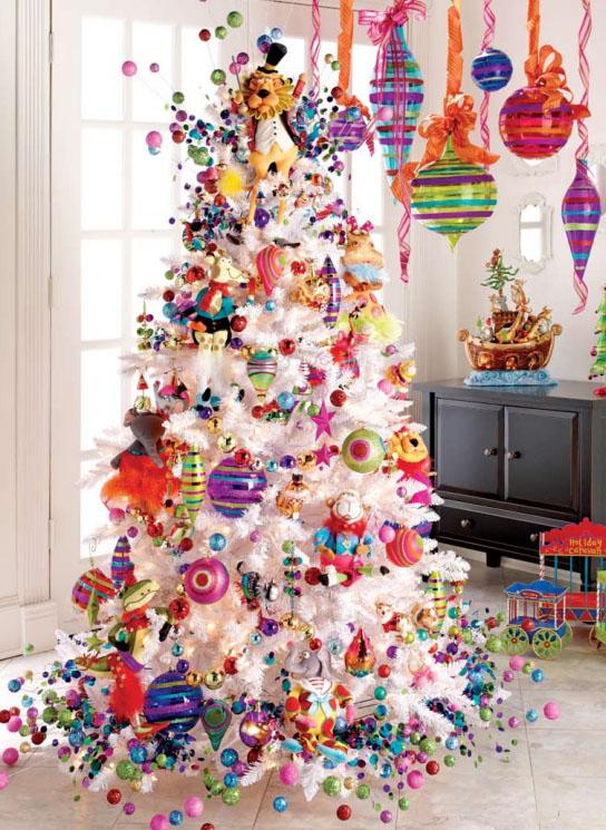 7 Beautifully Festive Christmas Tree Themes - Celebrating ...